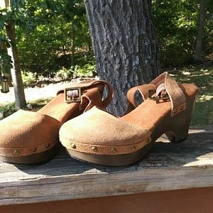 White mountain leather uppers